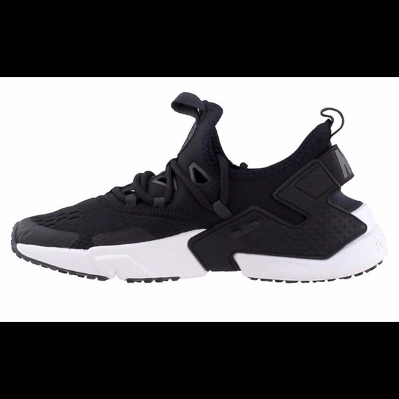 finest selection e7c69 226ab Nike Air Huarache Drift Running Shoes NEW 4.5Y